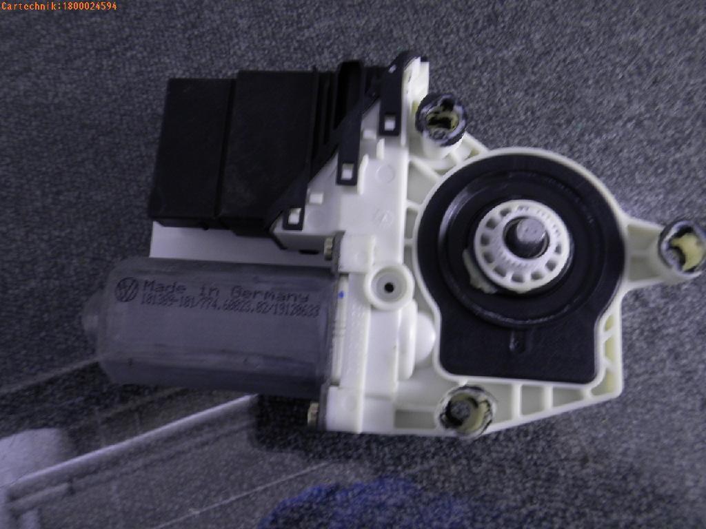 Motor Fensterheber links hinten VW Bora (1J) 1.6 77 kW 105 PS (05.2000-05.2005)