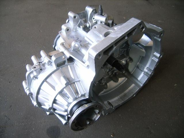 Schaltgetriebe SEAT Altea (5P) 1.9 TDI 77 kW 105 PS (04.2004-> ) Bild 2