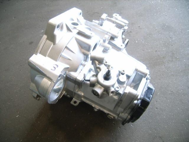 Schaltgetriebe SEAT Leon (1P) 1.9 TDI 77 kW 105 PS (07.2005-> ) Bild 2