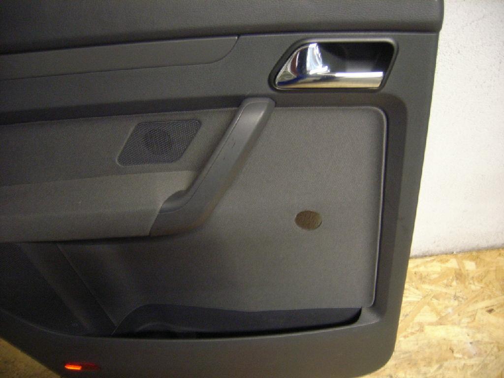Türverkleidung links hinten VW Touran (1T) 1.6 75 kW 102 PS (07.2003-05.2010) Bild 3