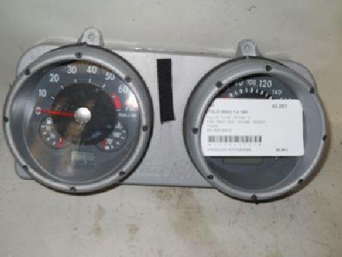Tacho  VW POLO (6N2) 1.4 16V 55 KW 6N0920804D
