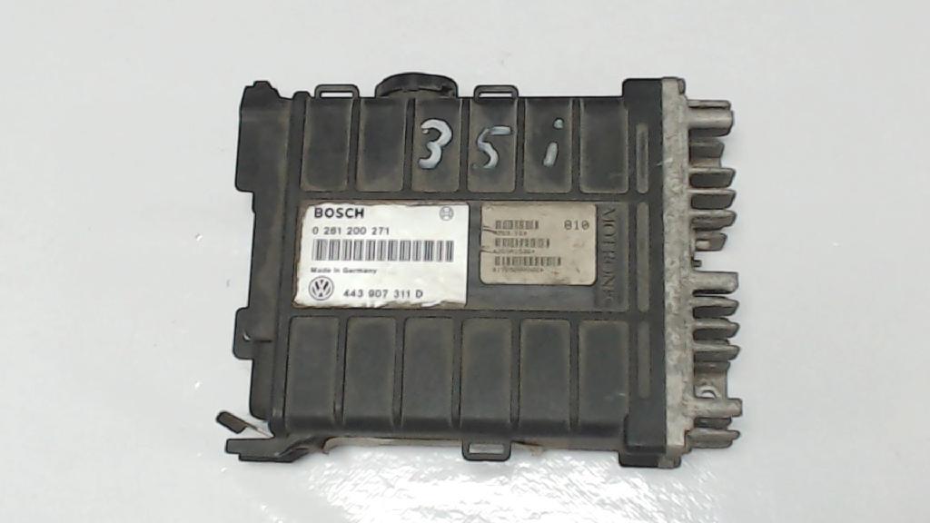 Motorsteuergerät VW Passat  0261200271