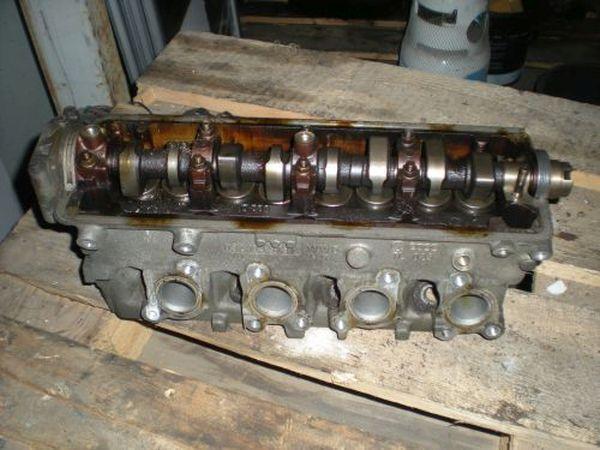 Zylinderkopf 032103373K VW POLO (6N1) 75 1.6 55 KW