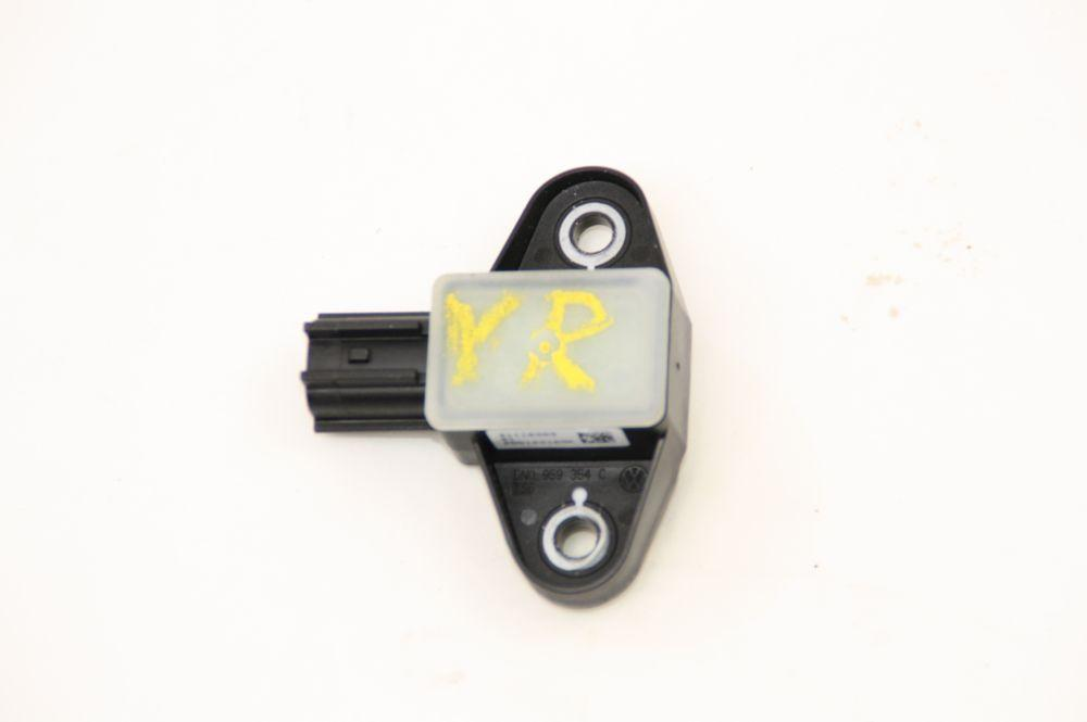 Airbag Sensor rechts 5N0959354C VW PASSAT 36 11/2011