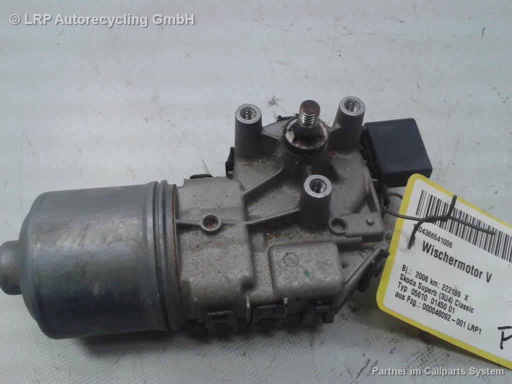 Skoda Superb 3U Bj.2006 original Wischermotor vorn 3B1955113D